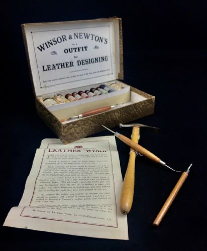 Antique Winsor & Newtons Artists Kit / Box / Edwardian Leather Designing Paint